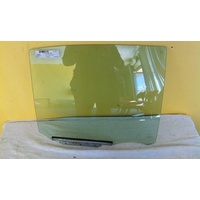 TOYOTA ECHO NCP10/NCP12/NCP13 - 10/1999 to 9/2005 - 4DR SEDAN - RIGHT SIDE REAR DOOR GLASS