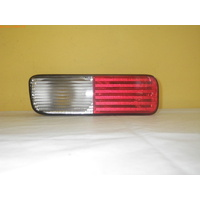 LAND ROVER DISCOVERY 2 - 4WD WAGON 2003>CURRENT - LEFT REAR BUMPER LAMP ASSEMBLY - XFB000730