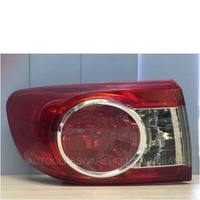 TOYOTA COROLLA ZRE152R SERIES 2 - 10/2009 TO 11/2013 - 4DR SEDAN - PASSENGERS - LEFT SIDE TAIL LIGHT - NEW (OUTER)