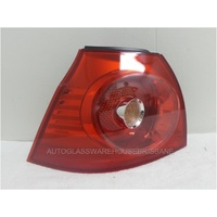 VOLKSWAGEN GOLF 5 - HATCHBACK 7/04>7/09 - PASSENGERS - LEFT SIDE TAIL LIGHT - NEW (OUTER/STANDARD)