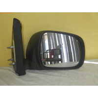suitable for TOYOTA HIACE VAN - 4/05>CURRENT - DRIVERS - RIGHT SIDE COMPLETE MANUAL MIRROR