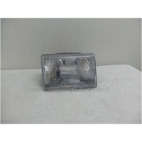 EEP GRAND CHEROKEE ZG/ZJ - 4/1996 to 5/1999 - 4DR WAGON- DRIVERS - RIGHT SIDE HEADLIGHT - (Lense is plastic)