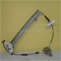 HYUNDAI ACCENT - 3DR HATCH 5/00>4/06 - RIGHT FRONT DOOR MANUAL WINDOW REGULATOR
